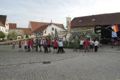 2012_04_30-Maibaumaufstellen_03