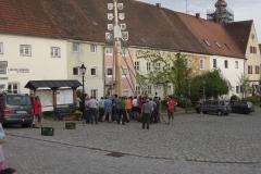 2012_04_30-Maibaumaufstellen_13
